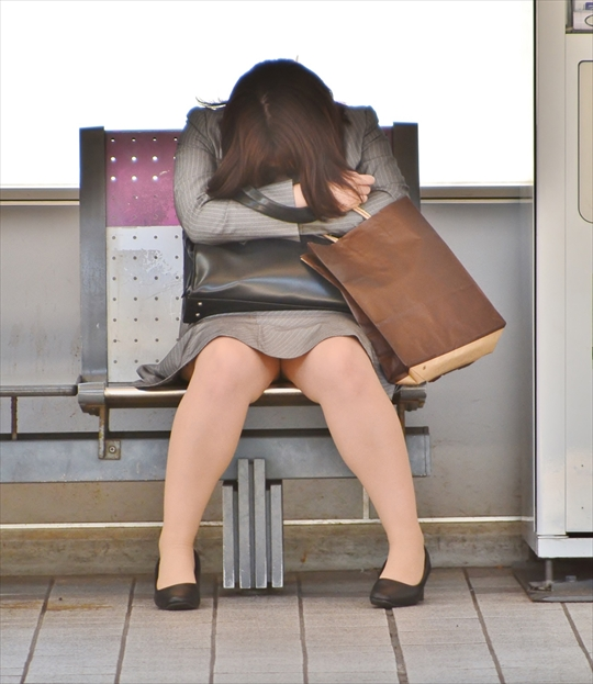 female office worker-voyeur image31