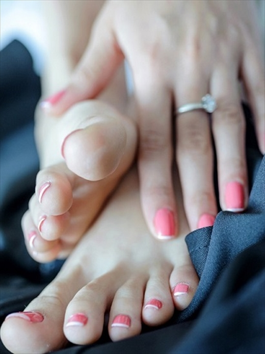 barefoot toe fetish images9