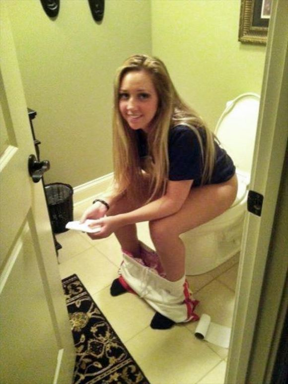 Foreigner toilet erotic pictures20
