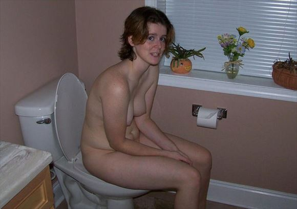 Foreigner toilet erotic pictures23