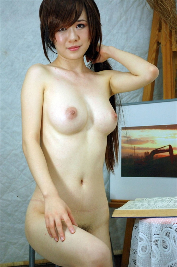 Chinese-daughter_Pornographic-image11.jpg