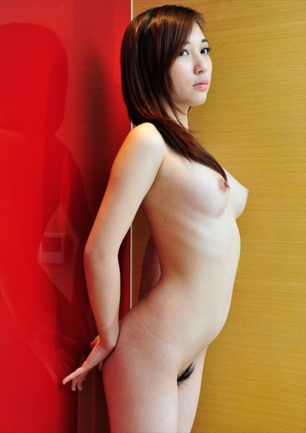 Chinese-daughter_Pornographic-image12.jpg