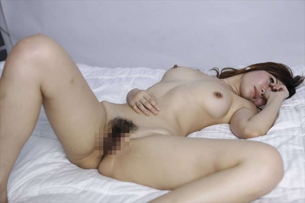 Chinese-daughter_Pornographic-image19.jpg