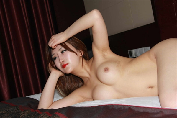 Chinese-daughter_Pornographic-image20.jpg