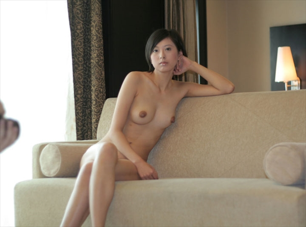 Chinese-daughter_Pornographic-image24.jpg