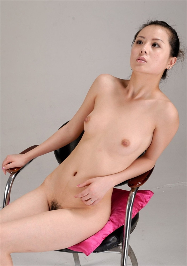 Chinese-daughter_Pornographic-image31.jpg