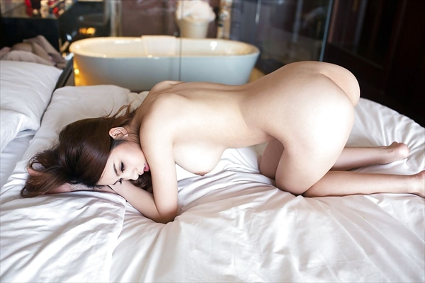 Chinese-daughter_Pornographic-image55.jpg