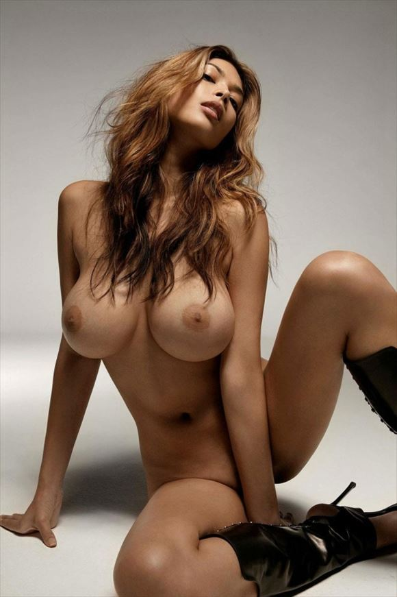big-breasts_beauty_images102.jpg