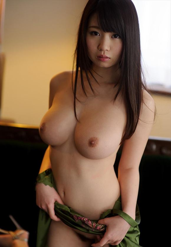 big-breasts_beauty_images125.jpg