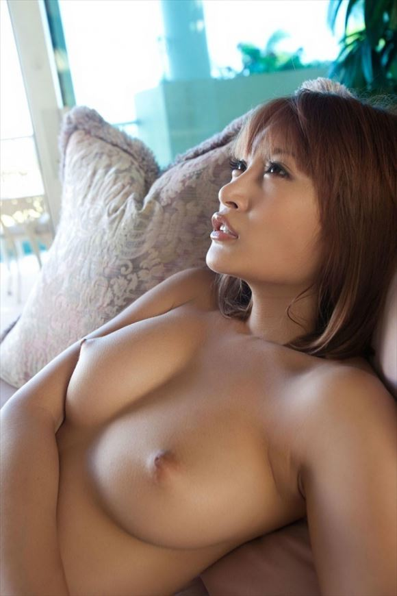 big-breasts_beauty_images9.jpg