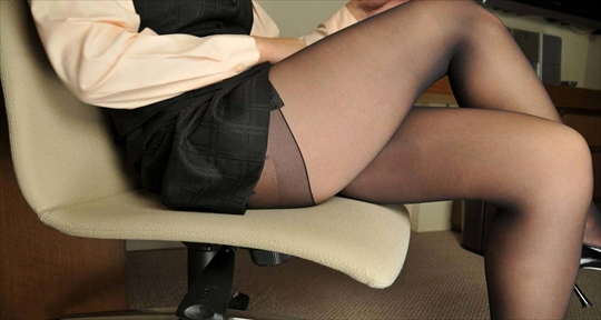pantyhose_Thigh_erotic-pictures83.jpg