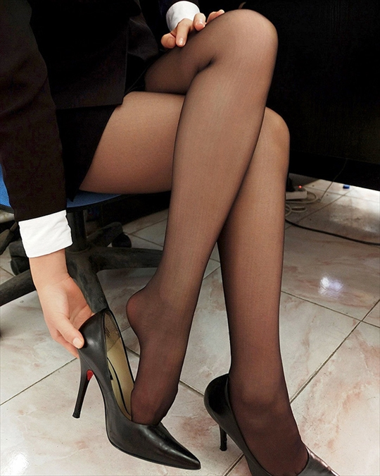 pantyhose_Thigh_erotic-pictures99.jpg
