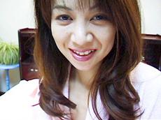 【無修正】可愛い顔したおねだり熟マンコ女 小沢志津絵