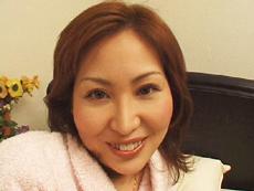 【無修正】いやらしい手つきで男を楽しませる。 桜井涼子