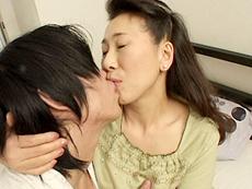 【無修正】小谷雅恵 初裏 魅惑の六十路母 第ニ話