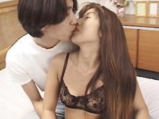 【無修正】武田千絵子 三十路妻の薄い陰毛を剃毛