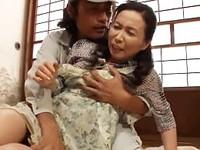 高齢人妻熟女動画 あっふ〜ん:「やめてぇぇぇ!」性欲処理道具として扱われる哀しき五十路妻 松下美香