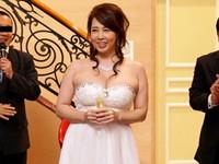 ダイスキ!人妻熟女動画 :風間ゆみのAV20周年記念パーティーの裏でこっそり巨乳ボディをハメまくっちゃいます!
