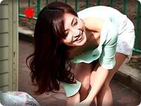 無料AVちゃんねる:【無修正・米倉のあ】【中出し】乳首丸見えノーブラで朝ゴミ出しの近所の奥さん