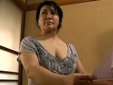 熟女ストレート : 霧島ゆかり 未亡人の巨乳熟女(五十路)が魅せるオナニー&肉欲SEX!