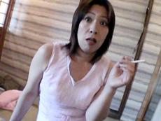 【無修正】長身四十路のチ●コ遊び 大野良江