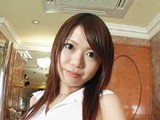【無修正】小早川芽衣 密室で人妻交遊