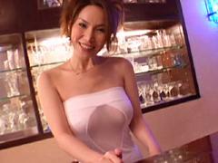 【無修正】山口珠理 「カウンターバーの美人ママ 後編」