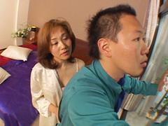 【無修正】清掃員と3P 欲張り五十路 吉川美奈子