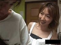 人妻・熟女の食べ頃:【動画】集金屋を誘惑するエロい体した痴女熟女!相沢しずか