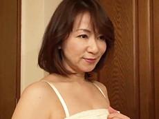 ダイスキ!人妻熟女動画 :アラフィフ熟女のキレイな妻の友人が風呂上がりに寝室にやってきた! 牧原れい子