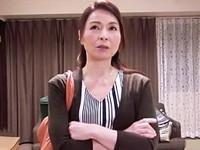 高齢人妻熟女動画 あっふ〜ん:47歳熟女が度重なる寸止めドッキリにマジギレしちゃう! 麻生千春