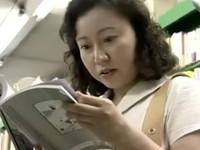 動画検索 インモラル:ヘンリー塚本 夫婦の営みが不満な熟女が大胆な行動で快楽を求める