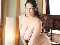 ダイスキ!人妻熟女動画 :Kカップ超爆乳の四十路妻が裸族生活!堪らず寝取ってしまう! 八木あずさ