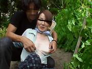 熟れすぎてごめん :【無修正】【中出し】働く地方のお母さん ~農業を営む未亡人 前編~ 西岡紗希