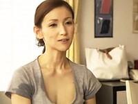 ダイスキ!人妻熟女動画 :娘の同僚や娘婿とヤリまくってるスレンダー美熟女の四十路義母! 美堂かなえ