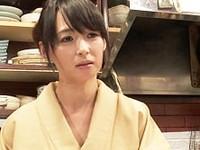 ダイスキ!人妻熟女動画 :おでん屋の女将になるために店長のセクハラに耐える五十路未亡人 安野由美