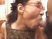 熟れすぎてごめん : 【無修正】極太チ●コ2本に生唾を飲む五十路痴女 宮下真紀子