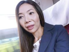 ダイスキ!人妻熟女動画 :【人妻不倫旅行】会社経営の四十路妻を温泉旅行に連れ出しハメ撮り!
