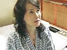 ダイスキ!人妻熟女動画 :朝、通勤バスで乗り合わせた四十路の人妻OLとホテルにしけこみ情事に耽る 赤坂ルナ