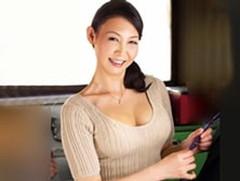 ダイスキ!人妻熟女動画 : キレイなアラフィフの義母が旦那の出張中に連れ子と禁断セックス! 松川薫子