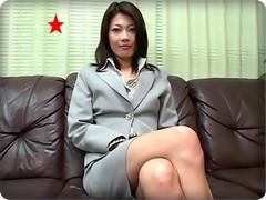 無料AVちゃんねる : 【無・若林樹里】デカチンのドカ突きにヒィヒィ喘ぎまくる清楚な雰囲気の女教師!