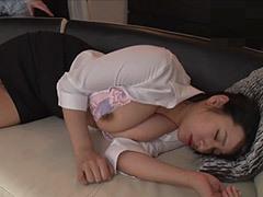 熟女ストレート : 春菜はな 義息子に寝取られたデカパイ継母