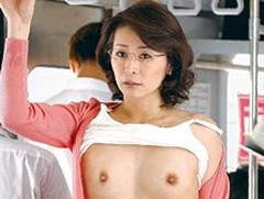 ダイスキ!人妻熟女動画 : 四十路の美人女教師が理事長の息子にセクハラされ生徒に痴●されてしまう 矢部寿恵