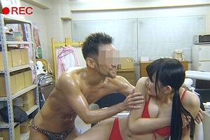 「1000年に1度の童顔巨乳」である浅川梨奈が撮影中に変態野郎に襲われるwwww