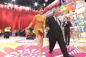 川田アナがガッツリオールスターパンチラwww