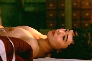杉田かおる (女優濡れ場) ドラマ「青春の門」での濃厚キスシーンからの乳首丸出しセックス (※動画あり)