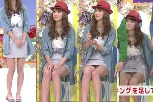 【厳選エロ画像398枚】芸能人のパンチラ100名オーバー「ハプニング」まとめ。アイドルAKBから女優