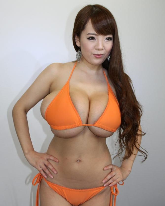 【エロ画像109枚】Hitomi(田中瞳)の無修正まんこが流出「爆乳すぎるAV女優」の中出しが世界レベルwwwwSP【永久保存版】