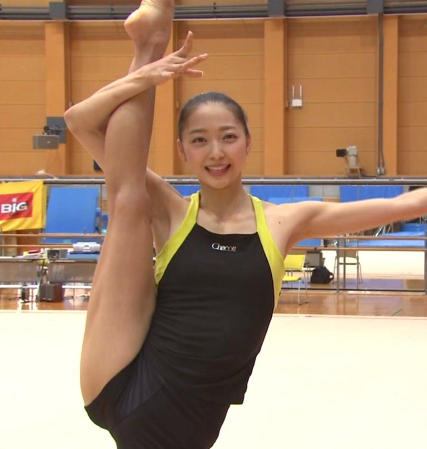 体操(畠山愛理)のエロパンチラ画像