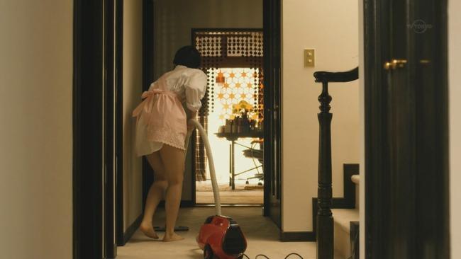 西野七瀬の電影少女のパンチラ画像